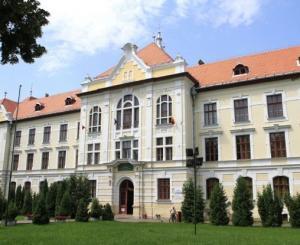 Clădirea Liceului Romano-Catolic din Târgu Mureș – Foto: maszol.ro